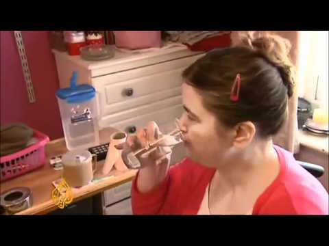 UK Disabled Family Living on Toast may get Benefits Cut crookreport.co.uk.flv